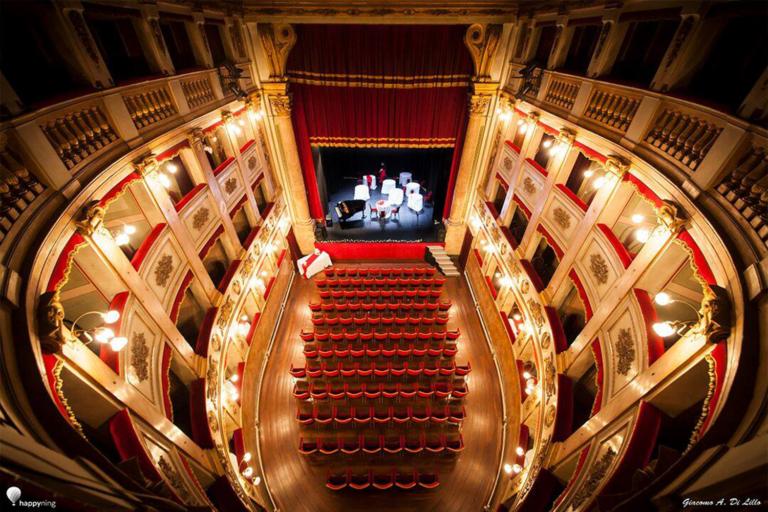 Cena a Teatro